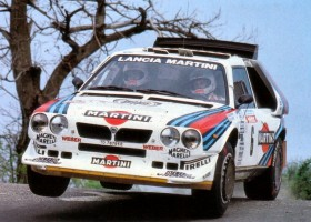 RACE RETRO TURNS BACK CLOCK TO GOLDEN AGE OF RALLYING WITH LIVE ACTION