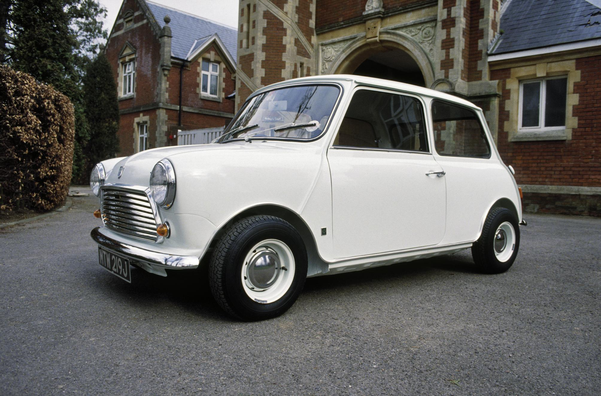 The Classic Mini Top Of The Pile Once Again Classic Car - Classic car names and pictures