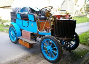 French 1905 Gardner-Serpollet steam car