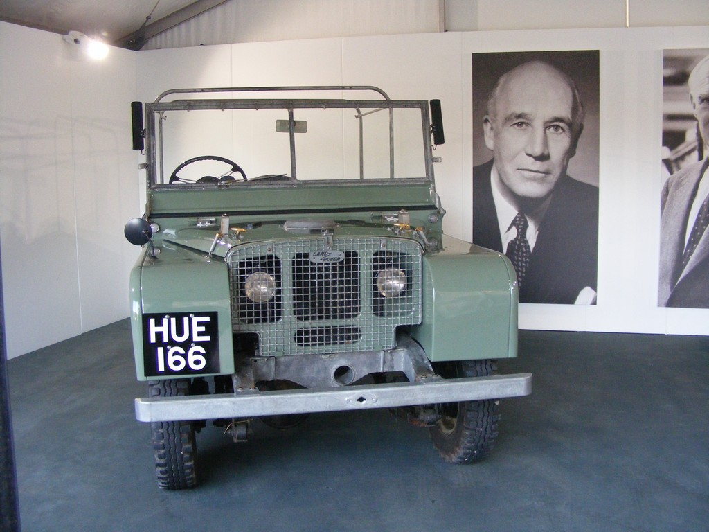 Land Rover Experience Bring Hue 166 To Land Rover Show