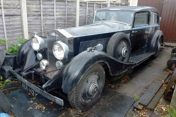 Garage Find Rolls Royce Collection And Rare Aston Martin