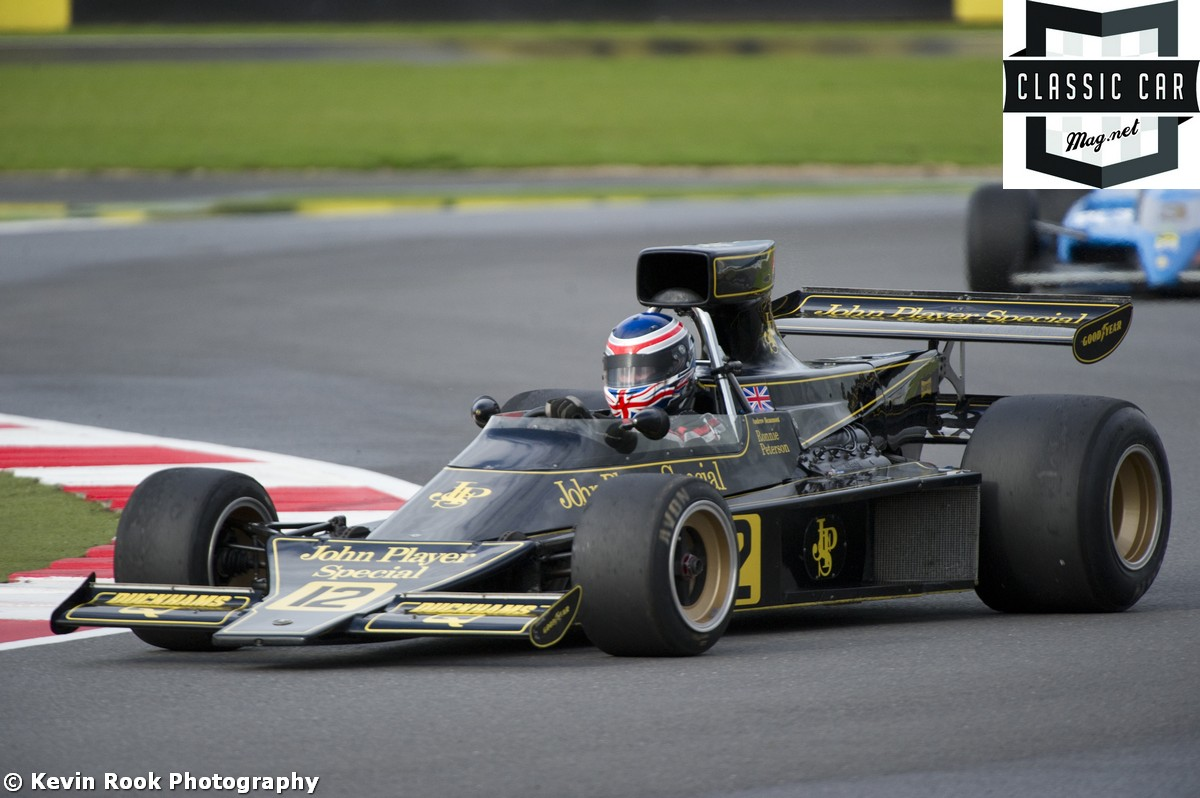 F1 cars showcase at the Masters Historic Festival at Brands Hatch ...