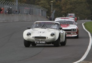 bmw beats ford s finest in oulton park thriller classic. Black Bedroom Furniture Sets. Home Design Ideas