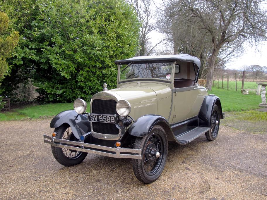 Classic Pre-War Fords and Post-War Thoroughbreds Help H&H\'s Sale ...