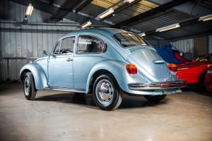 1974 Volkswagen Beetle rear angle HR