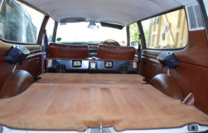53 cubic feet of space (seats down) and 10 cu ft (up), the Estate was a spacious option