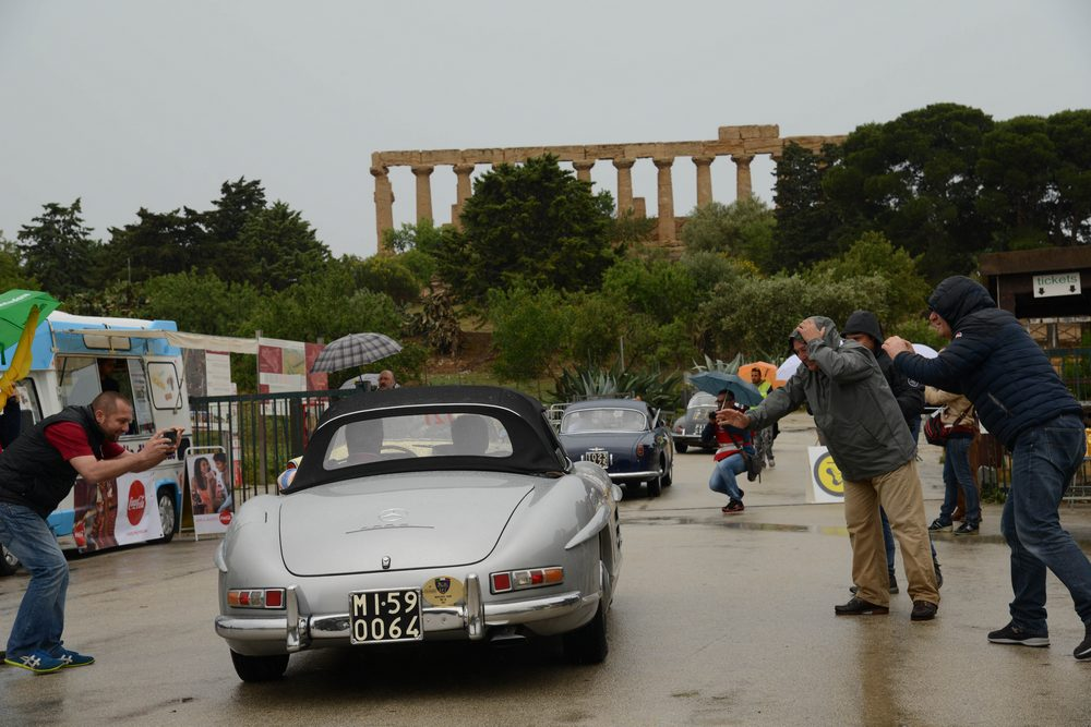 In Italian Motor Racing Tradition, The Targa Florio Occupies A Lead Role.  In 1907, Cavaliere Vincenzo Florio, A Member Of The Famous Noble Family Of  Palermo ...