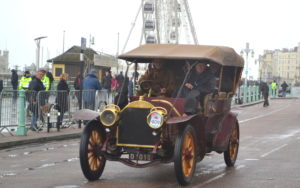 Berliet from 1904 of 40hp finishing the London-Brighton