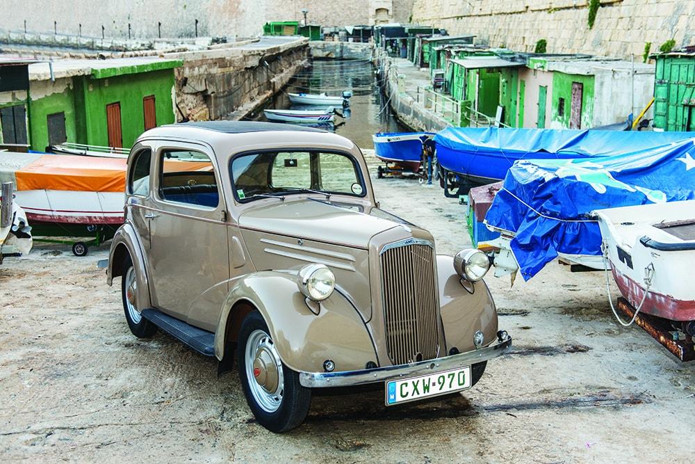 1948 Ford Anglia Saloon