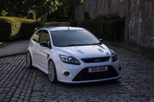 2011 Ford Focus RS Mk2 front angle 600px
