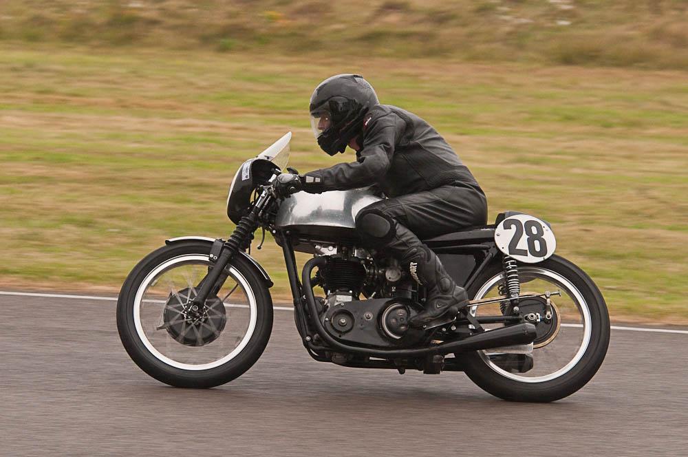 Triumph T110