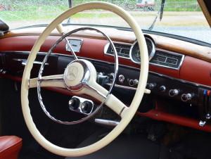 World Wide Classic Mercedes 219 Ponton Classic Car